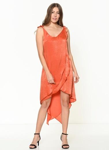 İroni Katlı Volanlı Saten Mini Elbise Taba